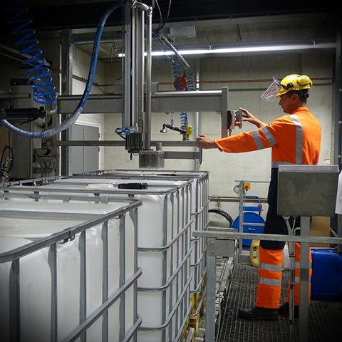 В Псковской области построят завод по производству полимеров